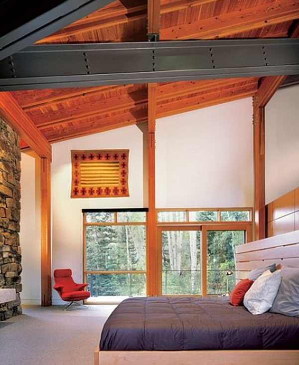 wooden-house-with-bedroom-design-by-peter-bohlin-architects