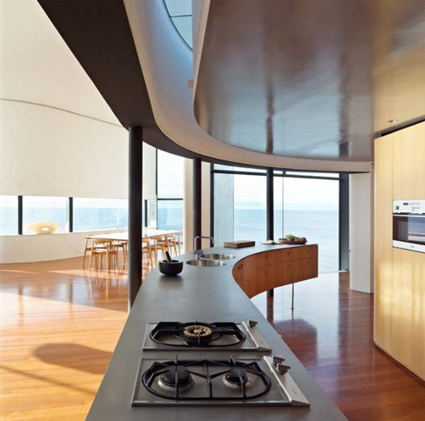 beach-house-holman-residential-with-kitchen-design