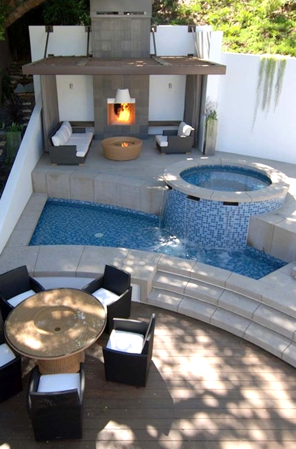 Comfortable And Modern Backyard Pools Design