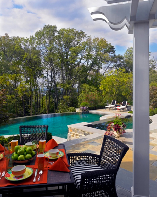 Comfortable And Modern Backyard Pools With Outdoor Dining