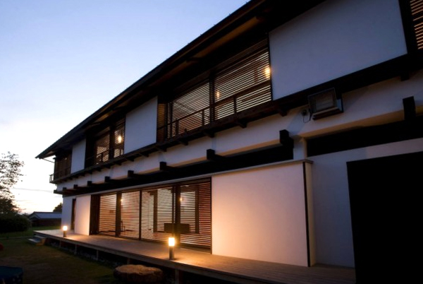 contemporary japanese house design with traditional elements - Japanese Home Design