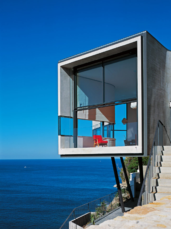 house-holman-residential-with-view-of-the-beach
