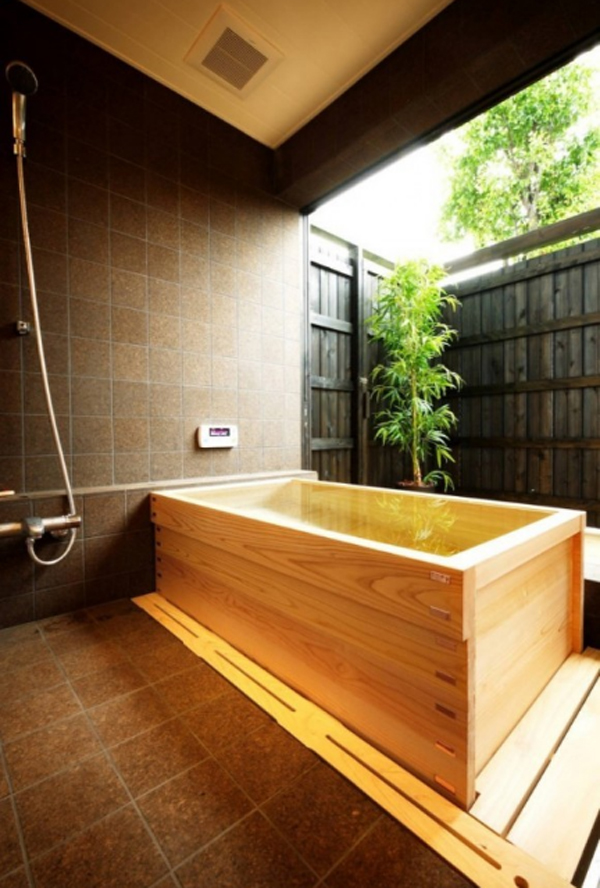 Asian Style Bathroom Decor: Japanese-soaking-bathtub-with-wooden-ideas
