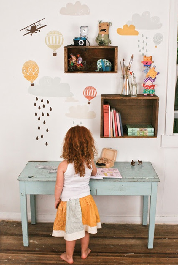Simple And Modern Kids Desk Ideas