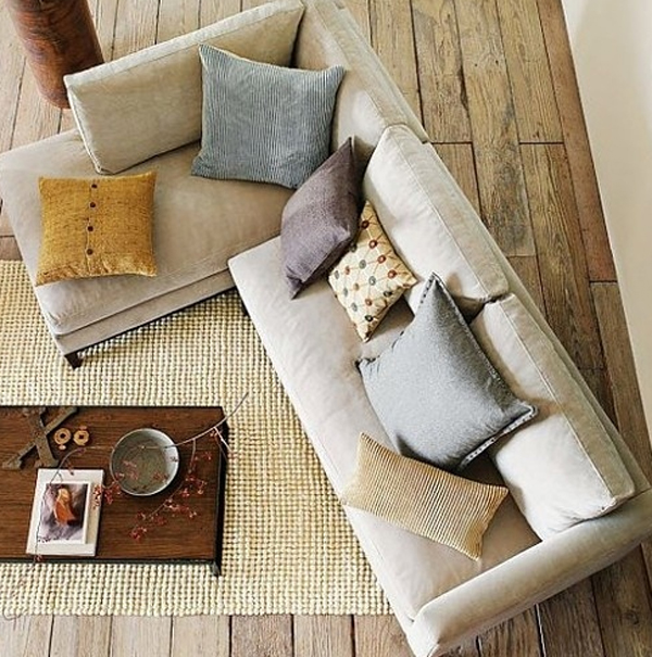 Trendy and casual living room decorations 2013 for Trendy living room