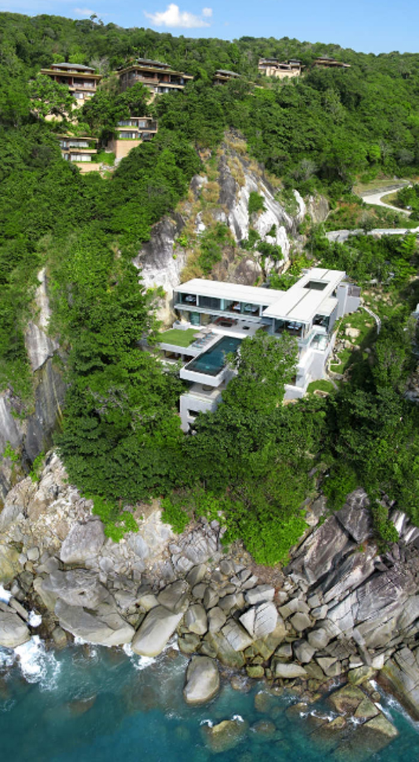 villa-amanzi-designer-with-mountain-views-located-in-thailand