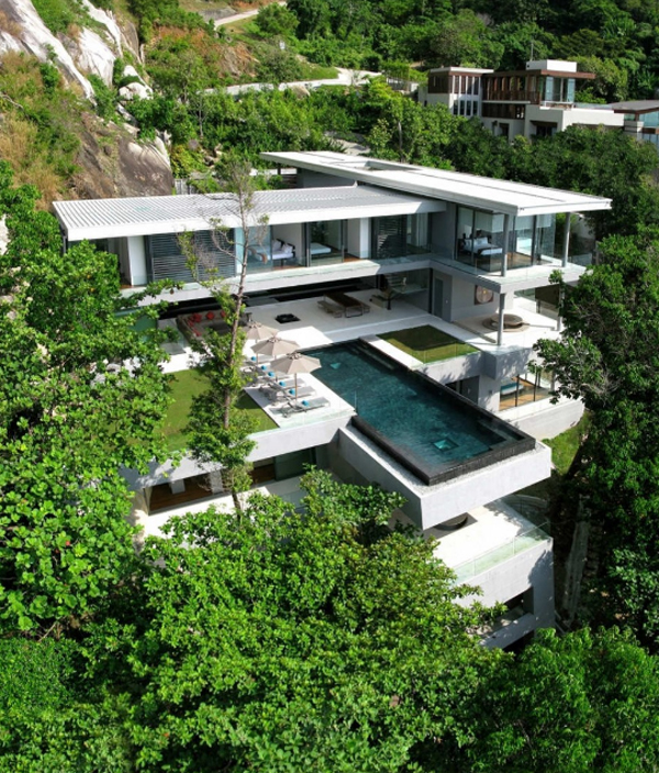 villa-amanzi-with-mountain-views-located-in-thailand