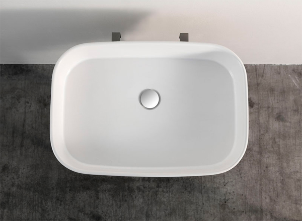 white-ceramic-washbasin-for-bathroom