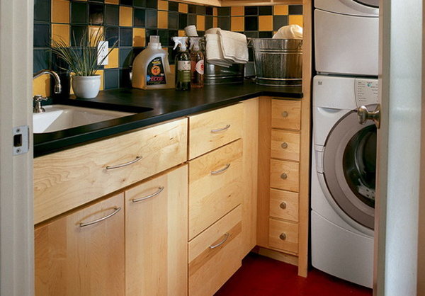 15 creative laundry room cabinets with wood furniture 15 Creative Laundry Room Design with Wooden Furniture