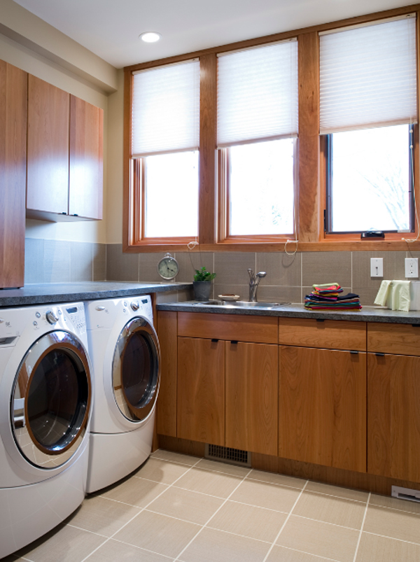 15 creative laundry room design with wooden furniture 15 Creative Laundry Room Design with Wooden Furniture