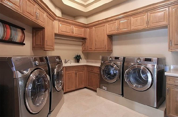 15 modern laundry room design with wood furnitures 15 Creative Laundry Room Design with Wooden Furniture