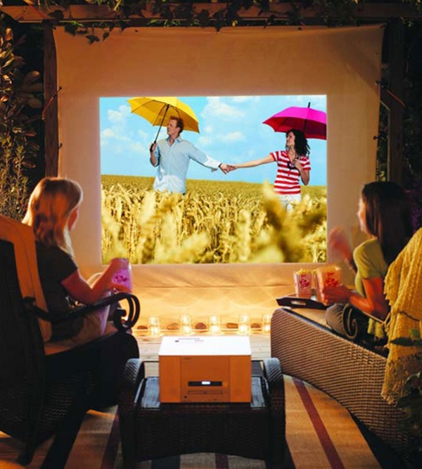 15 Professionally Made Home Theater Designs: 15-wonderful-outdoor-home-theater-sets