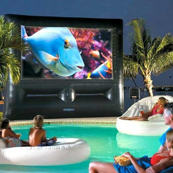 15-wonderful-outdoor-home-theater-with-pools