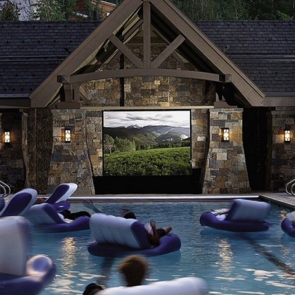 15 Professionally Made Home Theater Designs: 15-wonderful-outdoor-home-theater-decor