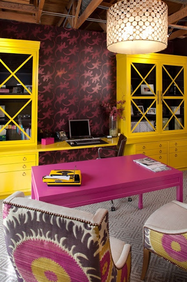 17-pink-office-ideas-with-wooden-furniture