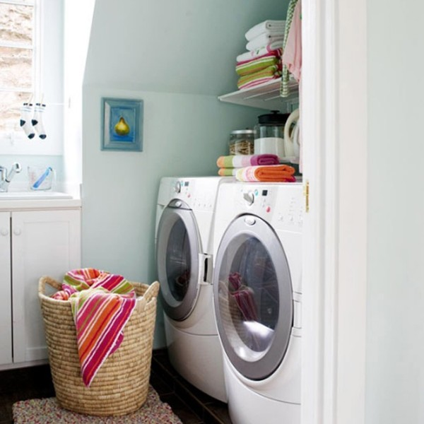 20 small laundry room makeovers with small space solutions