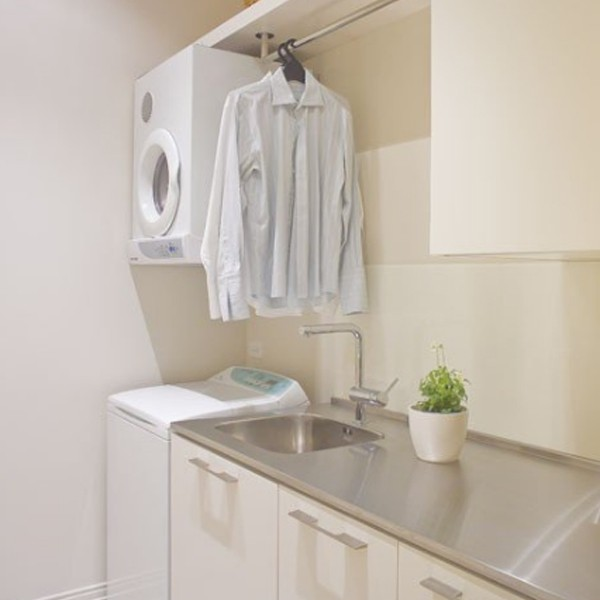 20 small laundry room furniture with small space solutions - Laundry rooms for small spaces decoration ...