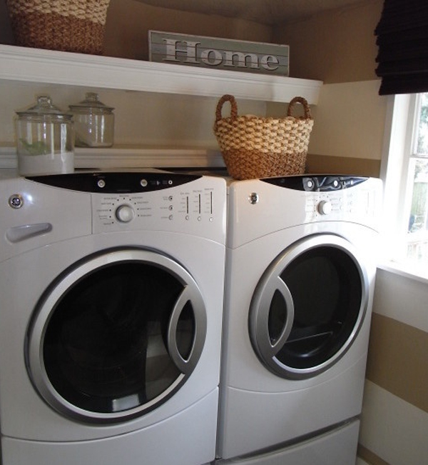 20 small laundry room decorations with small space ideas for Decorate a laundry room