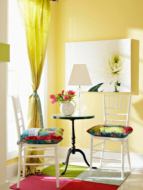 chic-and-colorful-spring-living-room-ideas