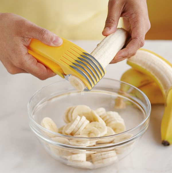 creative-and-fun-kitchen-gadget-with-banana-slicer