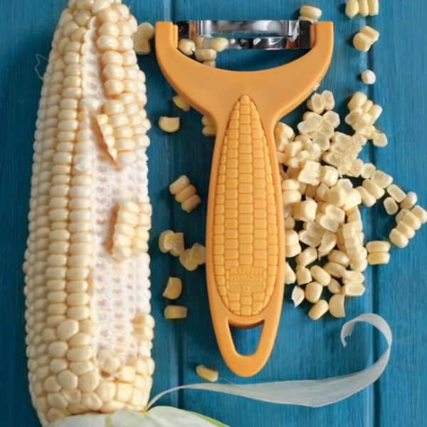 creative-and-fun-kitchen-gadget-with-corn-zipper
