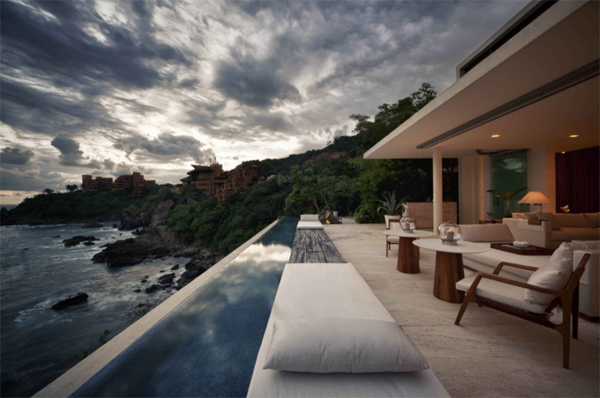 finestre-villas-with-roamntic-pool-in-mexico