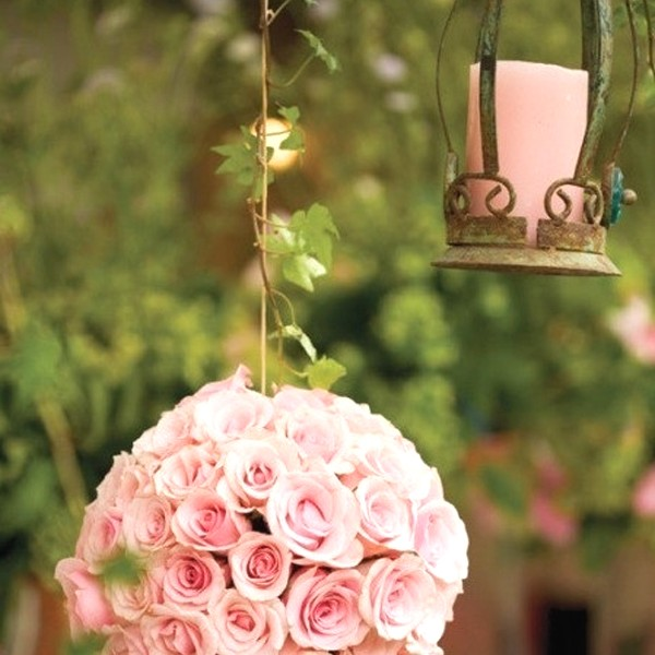 Romantic Garden Wedding Ideas In Bloom: Wedding-garden-decor-with-chair-furniture