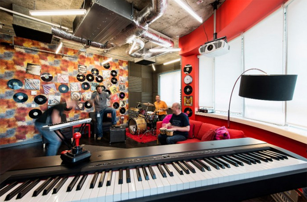 latest-ggogle-office-space-with-music-studio