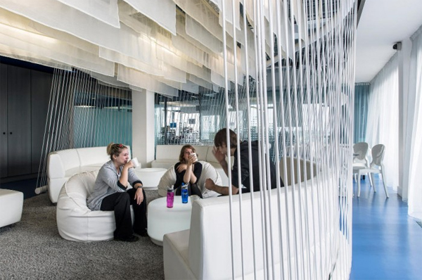 latest-white-google-office-design-located-in-dublin