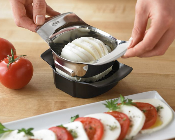 modern-kitchen-gadget-with-tomato-mozzarella-slicer