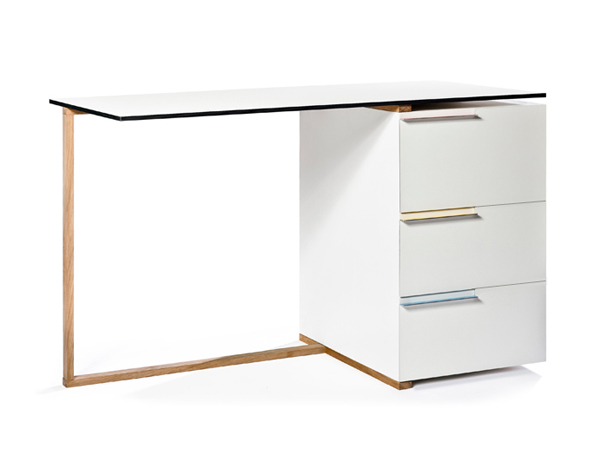 office-furniture-table-by-reinier-de-jong