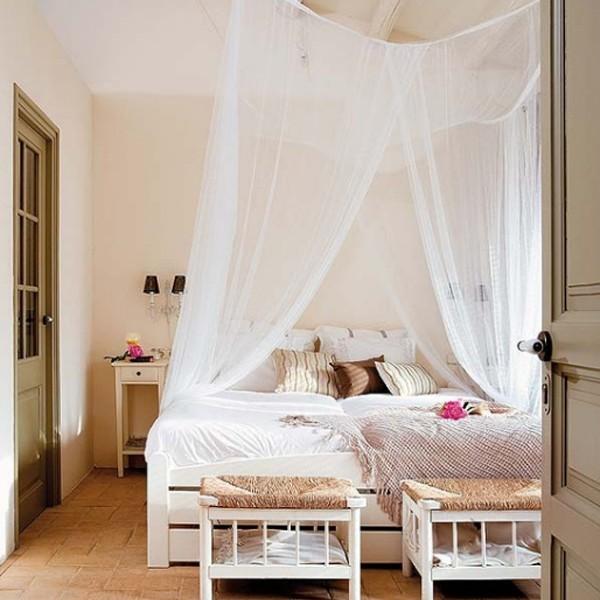Top 15 Romantic Bedroom Decor For Wedding