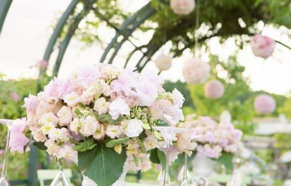 wedding-decoration-garden-with-flower-themes