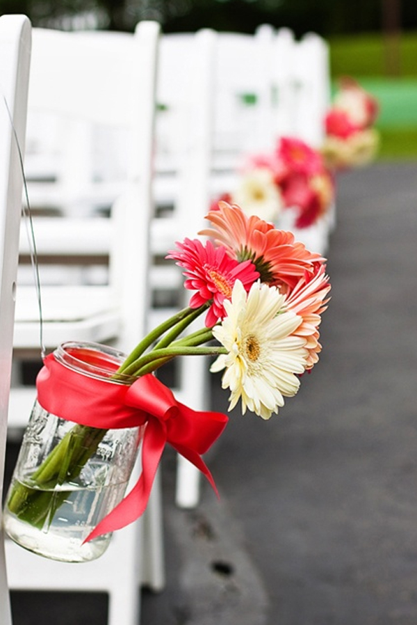 wedding decoration in garden with flower theme 15 Wedding Garden Decorations With Flower Themes