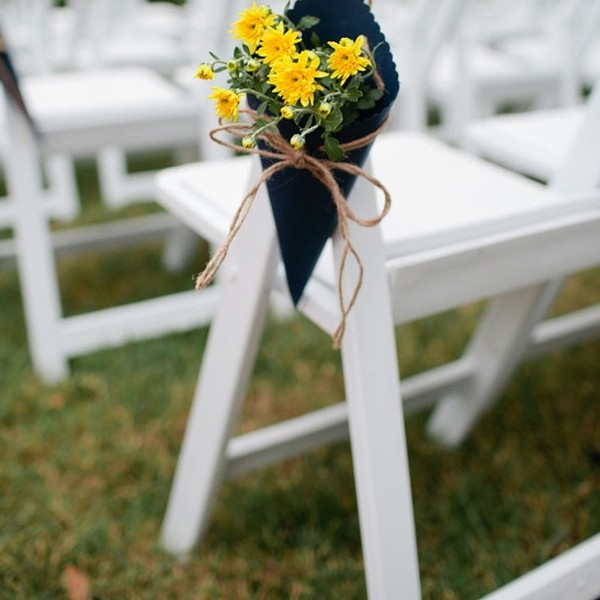 weddinggardendecorwithchairfurniture, Garden idea