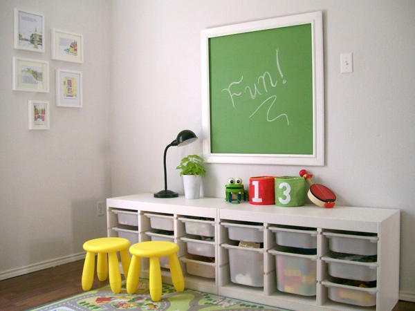Chalk board with childs play room 35 Awesome Kids Playroom Ideas
