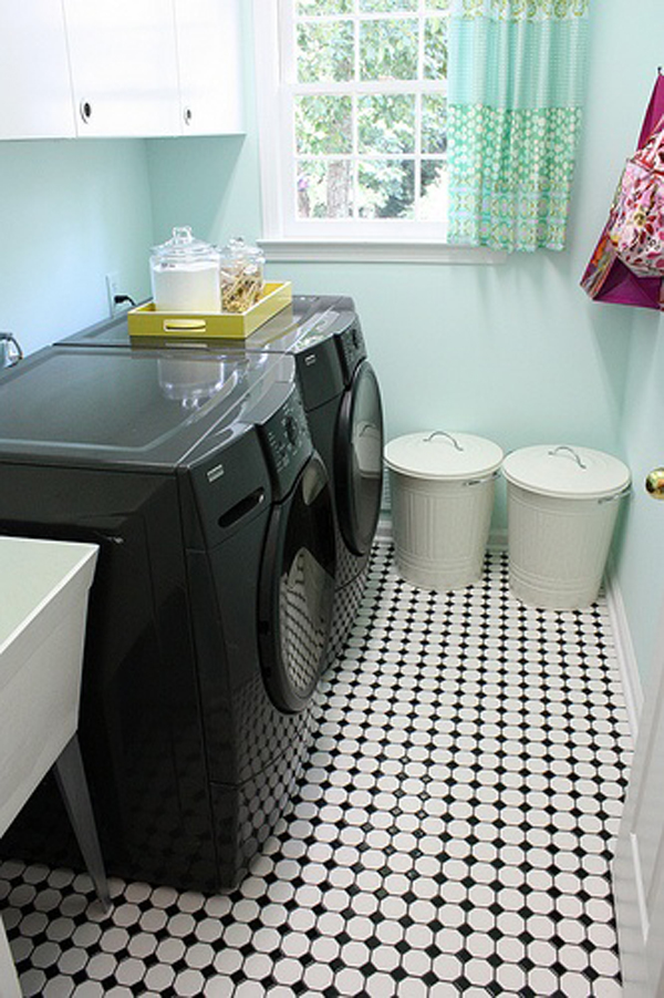 black and white laundry room ideas 10 Black and White Laundry Room Design Ideas