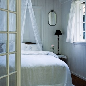 cool-and-comfy-scandinavian-bedroom-furnitures