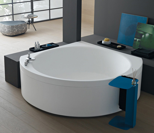 Small Corner Bath : Small Corner Bathtub Design by Albatros Home Design And Interior