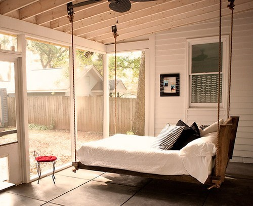 gathering-sunroom-bedroom-furniture