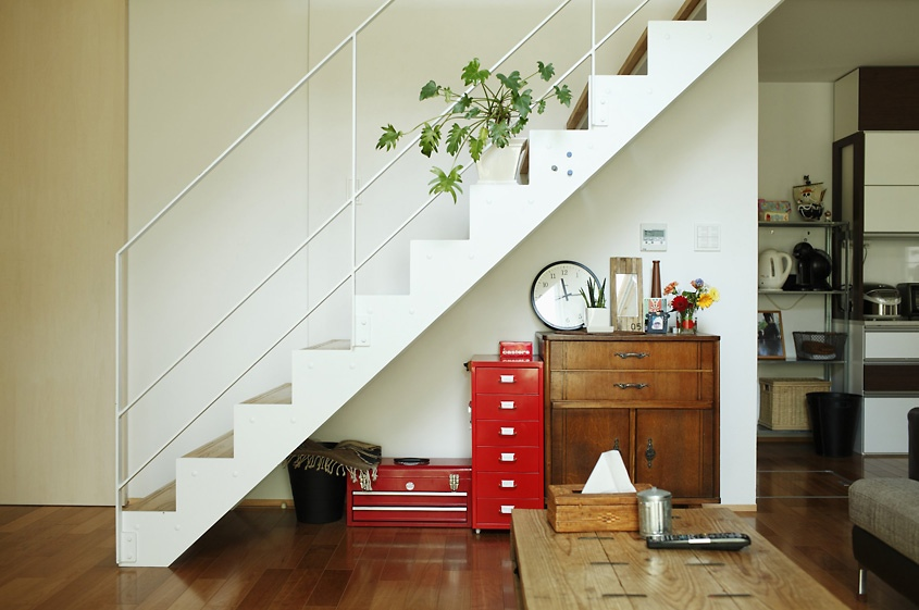 minimalist-japanese-staircase-design