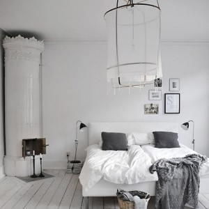scandinavian-bedroom-designs-with-traditional-fireplaces