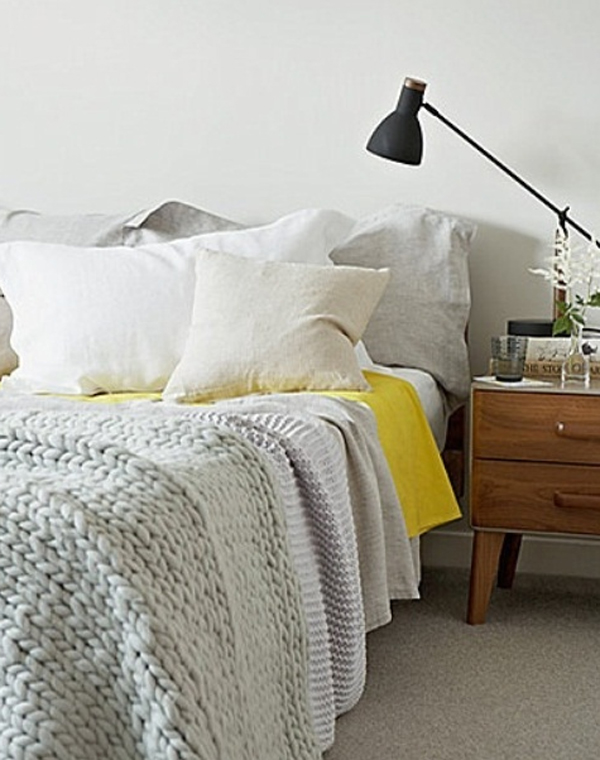 scandinavian-bedrooms-with-lamp-ideas