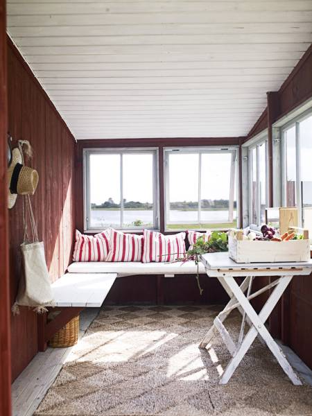 Small Svandinavian Sunroom Ideas
