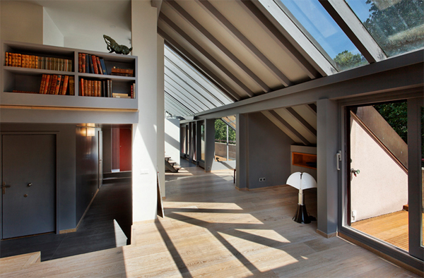 Stunning Attic Apartments with Shelving 600 x 394 · 232 kB · jpeg