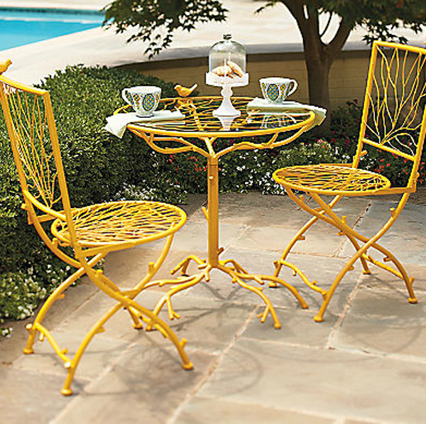 white chairs sets outdoor furniture for small spaces | small-bistro-furniture-gardens