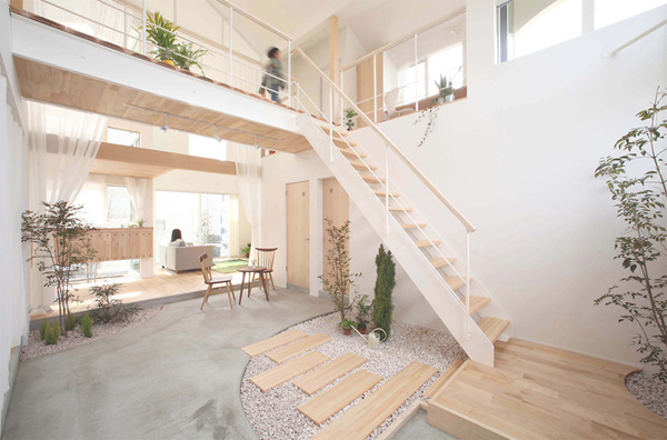 this house is more focused on interior exterior therefore did not experience much change green elements that surround two story house is still being - Japanese Home Design