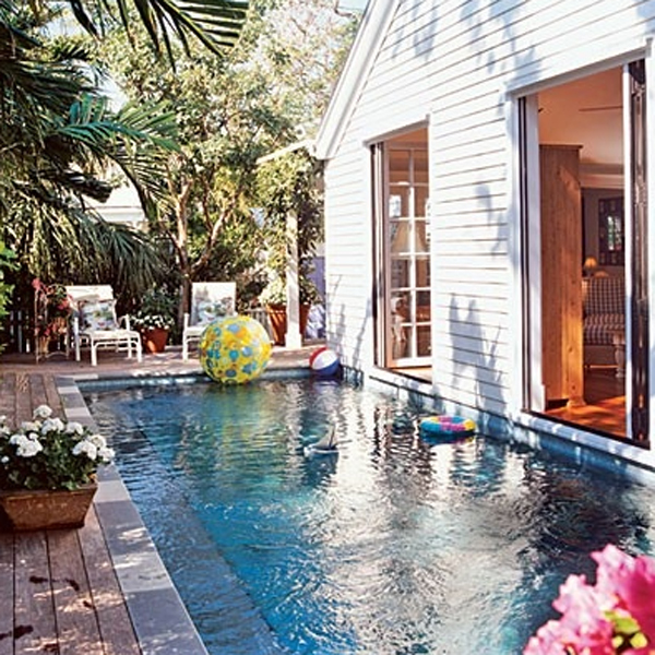 Best 10 small minimalist pool ideas home design and interior for Outdoor pool house designs