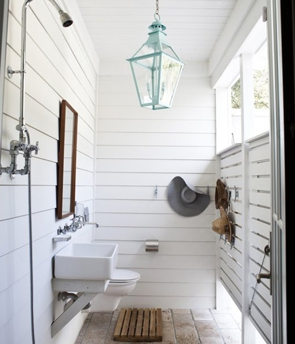 15 awesome outdoor showers and bathrooms home design and for Outdoor pool bathroom ideas
