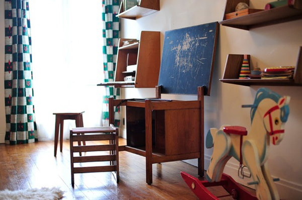 Choosing Furniture Is Often Times Difficult For Kids, Including The Kids  Desk Furniture That Suits Their Age. This Vintage Desk Designed For Their  Learning ...